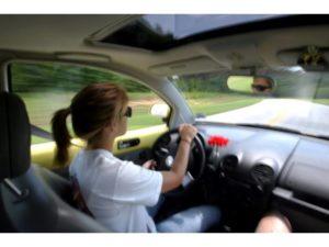 học lái xe ô tô co lợi ích gì