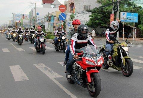 Học Bằng Lái Xe Máy Bao Nhiêu Tiền Tại TPHCM?