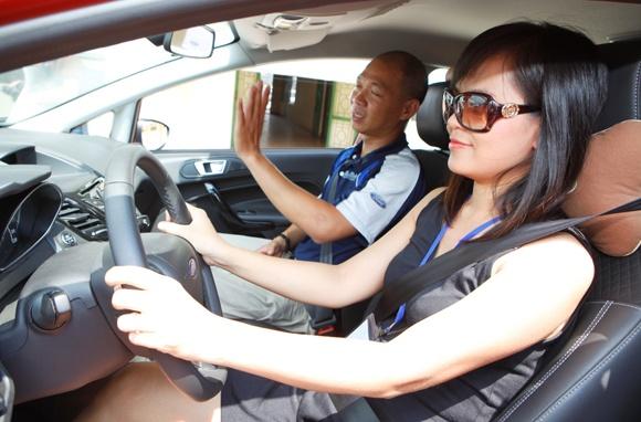 kinh nghiệm chọn trường học lái xe ô tô