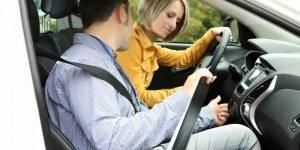 Những Điều Cơ Bản Khi Học Lái Xe Ô Tô Cho Người Mới Bắt Đầu